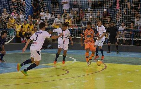 Left or right 6a copa maracaju de futsal.jpg.895x563 q85 crop
