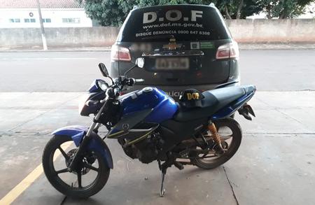 Left or right 02 03 2020 1 motocicleta yamaha 1